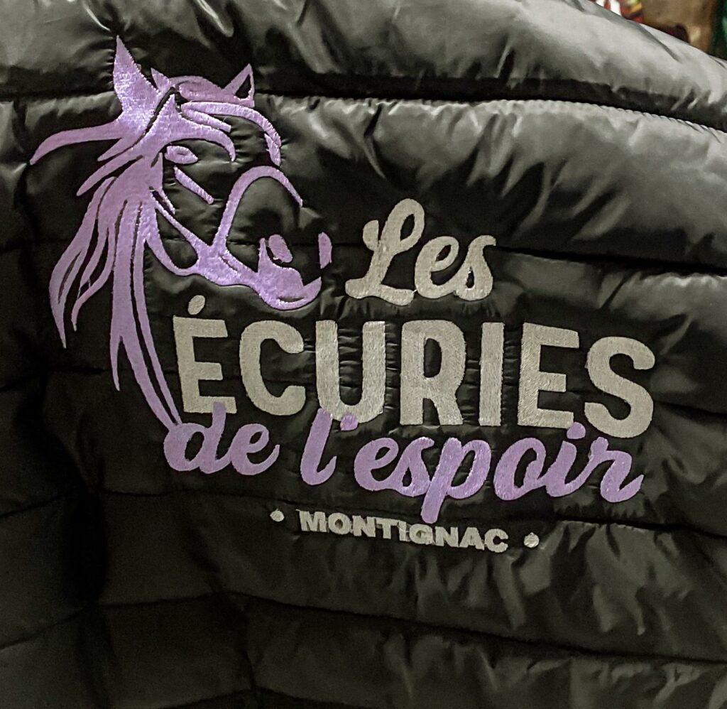 broderie - Les Ecuries de l'espoir - Montignac